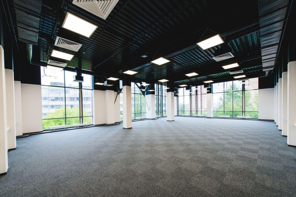 office-1600-m2